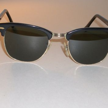 CIRCA 1970's 49MM VINTAGE B&L RAY BAN W0365 BLACK G15 UV CLUBMASTER SUNGLASSES