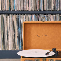 Crosley Cruiser Tan Suede Record Player - Urban Outfitters