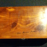 Vintage collectible wood trinket box from Des Moines, Iowa