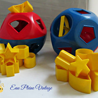 Tupperware Shape O Ball Toy Pretend Play Child Development Red Blue Yellow Two Balls