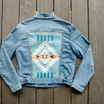 Women's Vintage Levi Denim Jacket w/ Light Blue and Ivory Jacquard Pendleton Wool Back.