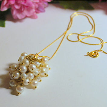 "18"" white freshwater pearl grape cluster pendant, 39 white freshwater wire-wrapped pearls, 7 pearl cluster sections, 14K gold plated chain"