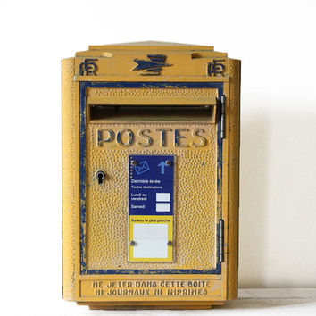 ORIGINAL French La POSTE  1966 Cast iron  Mailbox with KEY Mid century Model Loft deco