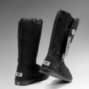 """UGG"" Women Fashion Wool Snow Boots Calfskin Shoes cute three Button Black"
