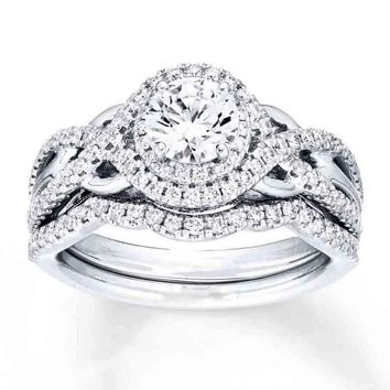 Sterling Silver 925 Vintage Round Halo Engagement Ring Wedding B 10f5bb69d