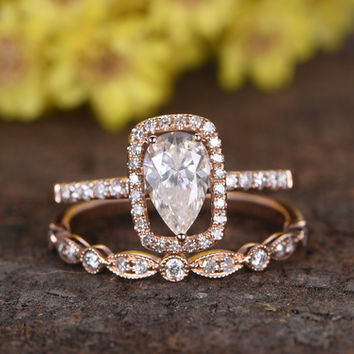 1 Carat Pear Shaped Moissanite Wedding Ring Sets Diamond Half Eternity Matching Band 14k Rose Gold Halo Thin Design