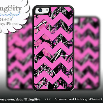 Camo Pink Chevron iPhone 5C 6 6 Plus Case Hot Pink Purple Monogram iPhone 5s iPhone 4 Real Tree Personalized Country Inspired Girl