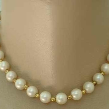 Old Faux Pearl Choker Necklace Hint of Rose Color Vintage Wedding Jewelry
