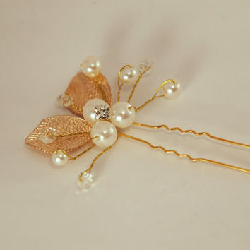 Wedding hair comb in gold color , Bridal hair comb, Pearl Hair Comb, Flower Hair Comb, Floral Hair Comb, Wedding hair piece