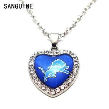 1pcs Detroit Lions Heart Crystal Necklace Football Glass Pendant Necklace Silver 50cm Chains Necklace For Women Jewelry gift