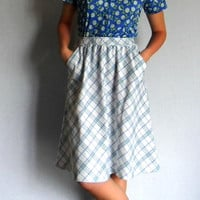 60s plaid skirt  Vintage flared skirt. Size small. White blue green skirt. Mad Men Fashion. Back to school. Fall fashion.