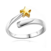 """""""Chase that Gold Star"""" 925 Sterling Silver Ring"""