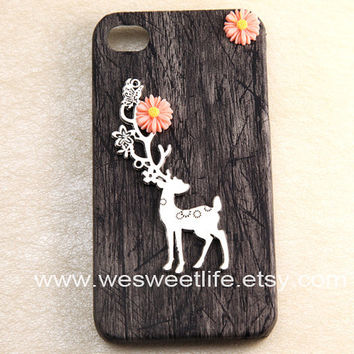 black Iphone 4 case, Iphone 4s Case, Iphone Case, Iphone 4 cases,  Flower and Antique Silver wild deer elk charm with Hard Case Cover