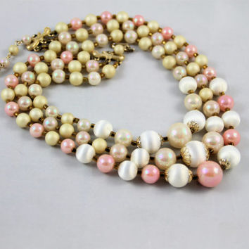 Vintage multistrand necklace ivory white pink gold pearls plastic beads chunky signed Japan 50's never used excellent condition retro