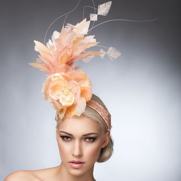 Peach Fascinator, Spring headpiece, Cocktail hat, Derby hat, Fashion hat, Melburne cup hats.