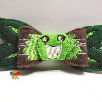 Frog Princess inspired 3D felt bow felt clippie physical item made to order