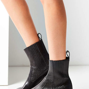 Dr. Martens Eleanore Chelsea Boot - Urban Outfitters