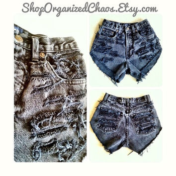 PLUS SIZE Black Vintage Distressed High Waist Shorts