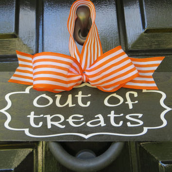 Halloween Out Of Candy Door Sign Decoration by LulusLouisville