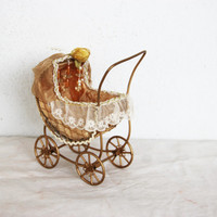 Vintage baby pram miniature, brass baby stroller toy with organza and lace, golden, vintage girls' toy pram for dolls, mid seventies