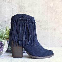 very volatile - women's cupid fringe ankle bootie - navy
