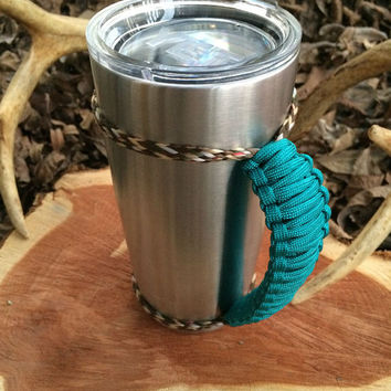 Teal/Camo Paracord Yeti 20 oz. Rambler Handle Grip
