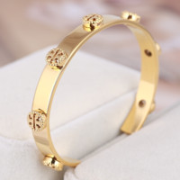 Tory Burch Fashion New Metal Hollow Opening Bracelet Accessories Golden