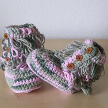 baby crochet boots, baby winter clothes, ugg style boots, camouflage