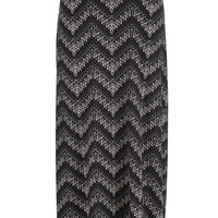 Plus Size - Patterned Chevron Print Maxi Skirt - Black Combo