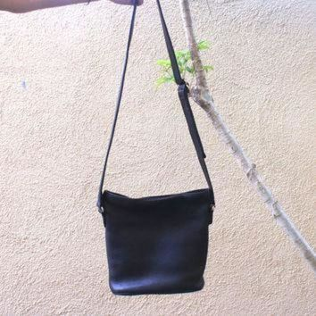 ONETOW Vintage Black Coach Purse Pebbled Leather Striped Lining Cross Body Bag, Adjustable St