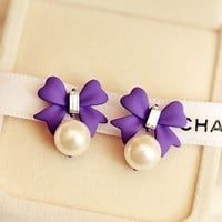 Bow And Pearl Color Fashion Earrings