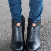 Stompin' Ground Booties, Black