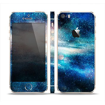 The Blue & Gold Glowing Star-Wave Skin Set for the Apple iPhone 5s