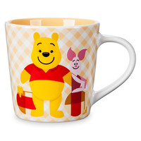 Winnie the Pooh and Piglet Checkered Mug