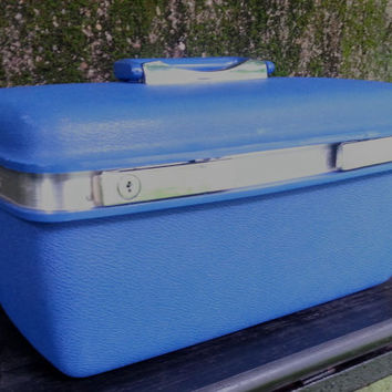 Samsonite Saturn Blue Train Case Cosmetic Case Royal Blue