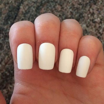 how to make fake nails look real