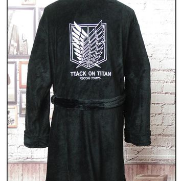 Cool Attack on Titan Anime  Flannel Bathrobe no  Cloak Eren Cosplay Robe Winter Thick nightgown warm Bath Robe A71909 AT_90_11