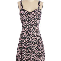 ModCloth Vintage Inspired Sleeveless A-line Nights and Daisies Dress in Pink