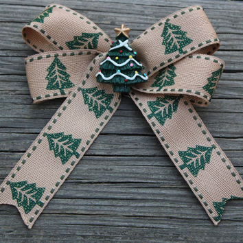 Christmas Tree Burlap Ribbon Hair Bow Ponytail holder,barrette for girls,toddlers,tweens,teens - Green Christmas tree resin center