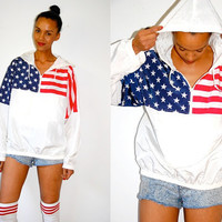 Vtg American Flag USA Printed Hooded Windbreaker by LuluTresors