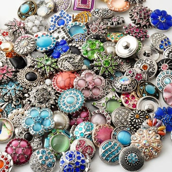 50pcs/lot High Quality Mix Many Rhinestone Styles Metal Charm 18mm Snap Button Bracelet For women Rivca DIY Snap Button Jewelry