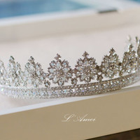 Wedding Crown Woodland Queen Wedding Headpiece Zirconia rhinestones, Metal Wedding Hair Accessory, Bridal Tiara