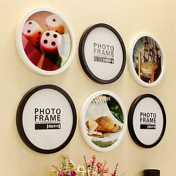 Hanging Wooden Round Photo Frame
