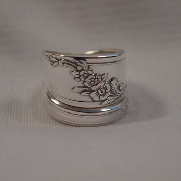 A Size 6 Queen Bess Spoon Ring Wrap by Spoon Rings Plus Handmade Hippie Rings t623