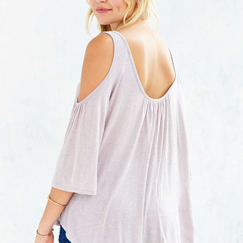 Kimchi Blue Taylor Cold Shoulder Top - Urban Outfitters