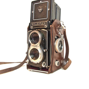 vintage camera working rolleiflex T Tessar 3.5 twin lens reflex camera rollei TLR 1950s antique camera midcentury mid century 1950s
