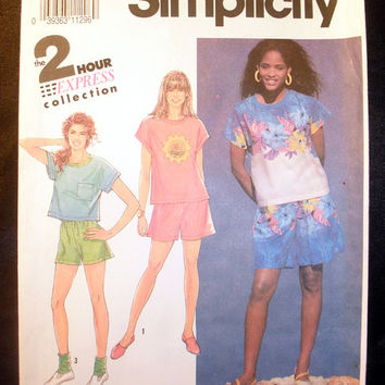 Women's Shorts and Shirt Misses' Size Petite, Small, Medium, Large Vintage Simplicity 7287 Sewing Pattern Uncut