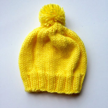 Yellow baby hat - 6 month old hat - knitted hat 6 months - yellow knitted hat - yellow baby hat - knitted pom pom hat