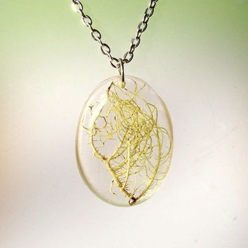 Lichen Resin Tree Moss Necklace