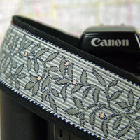 Camera Strap, dSLR, Grey Floral, Photographer Gift, Camera Accessories, Canon Camera Strap, Nikon Camera Strap, Camera Neck Strap,  192 w